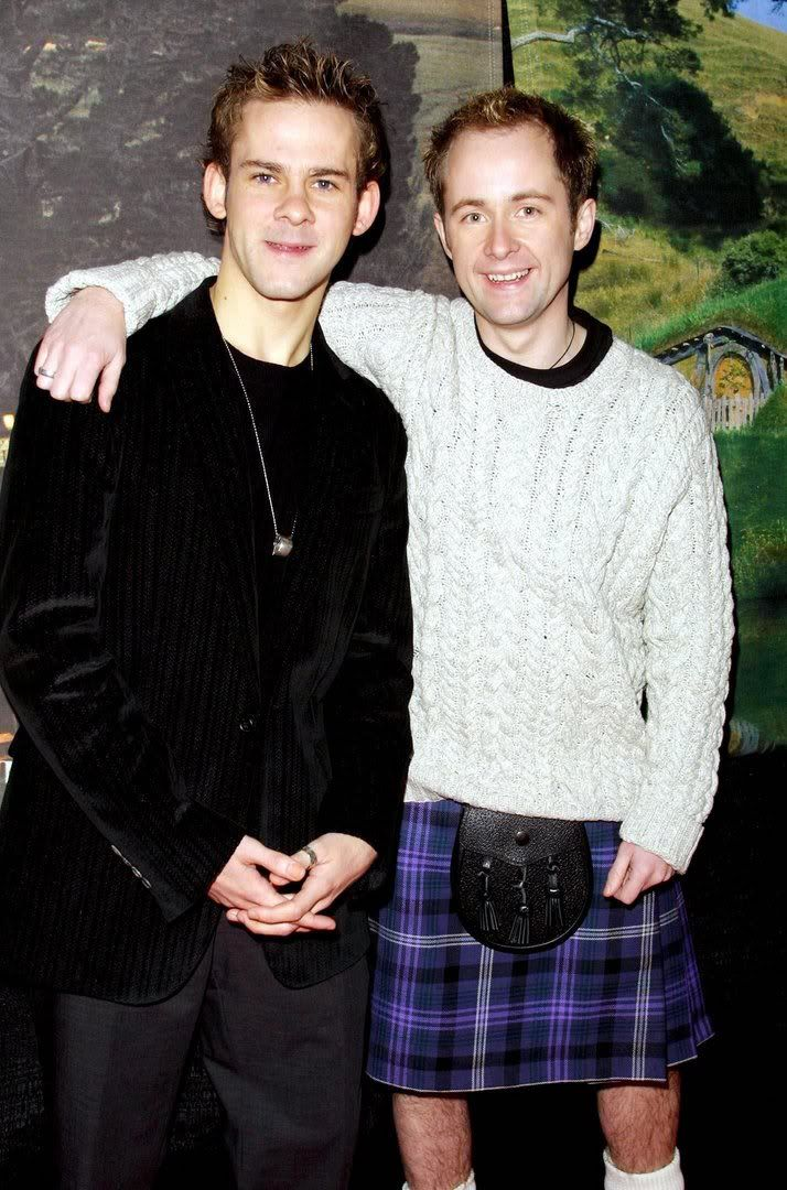 Dominic Monaghan and Billy Boyd! Aww they are so young and adorable! :] They will alway be hobbits to me haha. And of course being Scottish I love Billy's outfit!