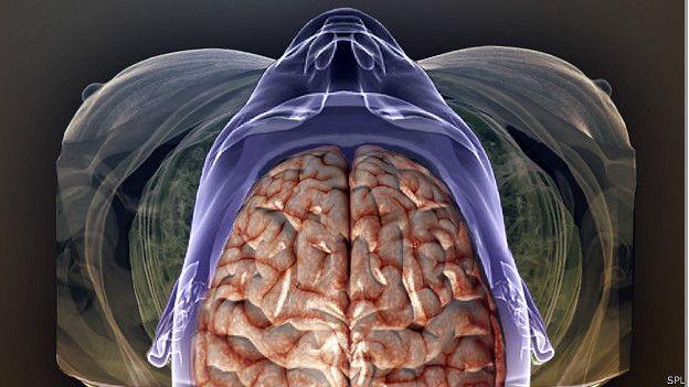 Son varios los casos en que un tumor o lesión en el cerebro terminan siendo la causa a la que se achaca que alguien cometa un crimen. De ser así, ¿dónde queda la voluntad?  ¿Puede un tumor cerebral o una lesión determinar nuestro comportamiento?