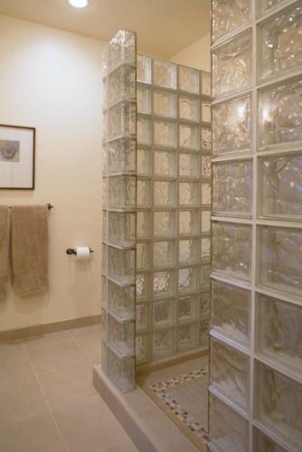 38 melhores imagens sobre Tijolo de vidro no Pinterest  Paredes de chuveiro, # Banheiro Decorado Com Bloco De Vidro