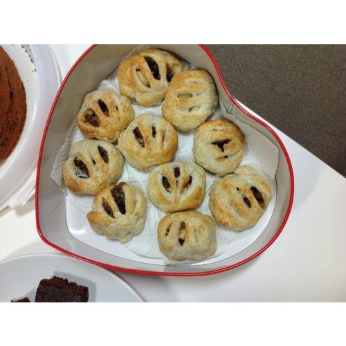 Banbury cakes recipe | Sarah Raven