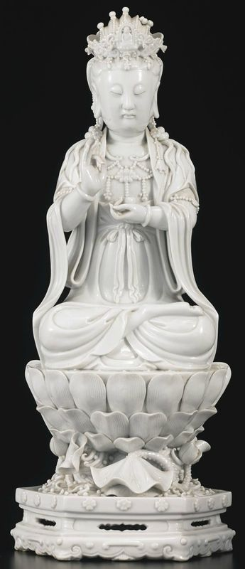 A Dehua seated Guanyin, China, Qing dynasty,19th century