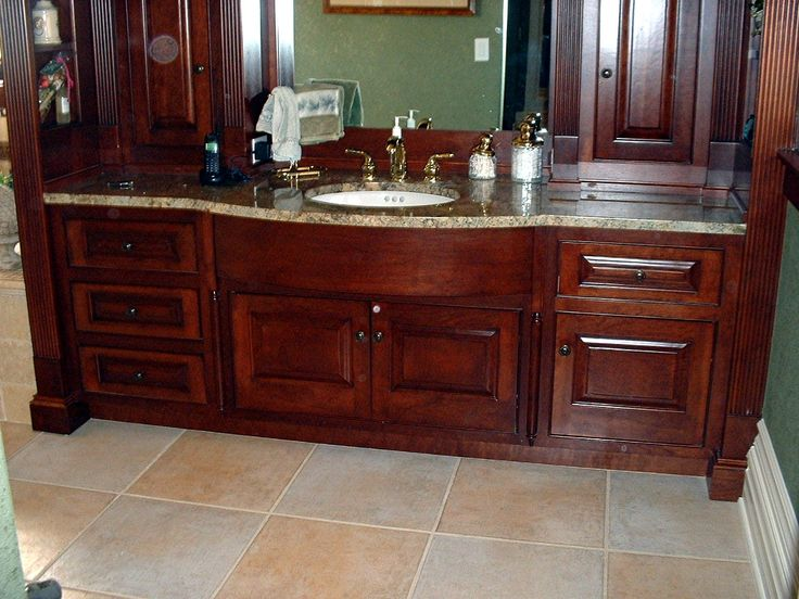 bathroom decorating ideas with cherry cabinets - Bathroom Decorating Ideas With Cherry Cabinets