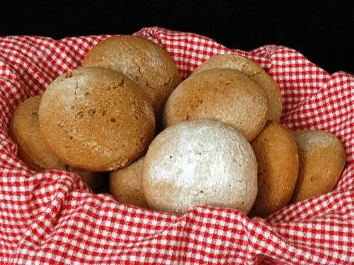 """Williamsburg Gingerbread Cakes - best thing I ever ate. My sisters and I would always get our own """"baker's dozen"""" because we couldn't share. I'd give my arm for one (or 13) right now. @Ramona Camak"""