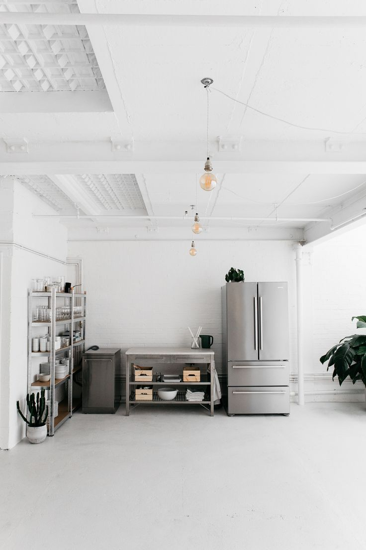 Studio 8Aby Rye London is a kitchen and photography studio located in a renovated warehouse in East London.Upon entering the studio, one is first ...