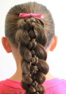 入学式の女の子の三つ編みの髪型 6