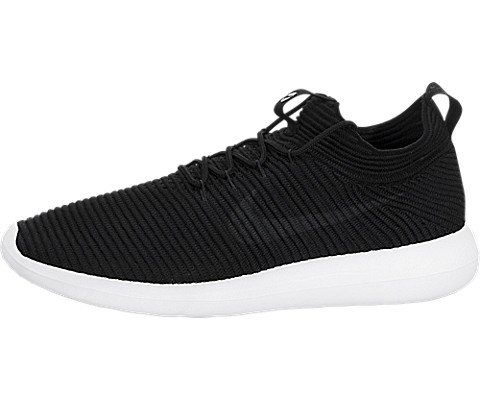 77a439e3edeaf Nike Womens Roshe Two Flyknit V2    Amazon most trusted e-retailer ...