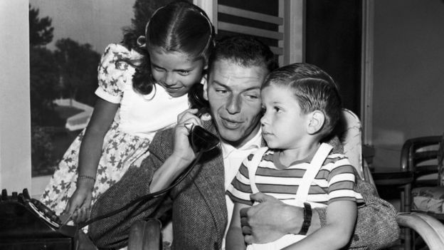Nancy Sinatra, Frank Sinatra, Frank Sinatra Junior in Hollywood, 1948