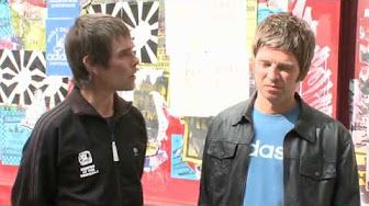 Classic Brownie interview on T4 with muppet Steve Jones.... - YouTube
