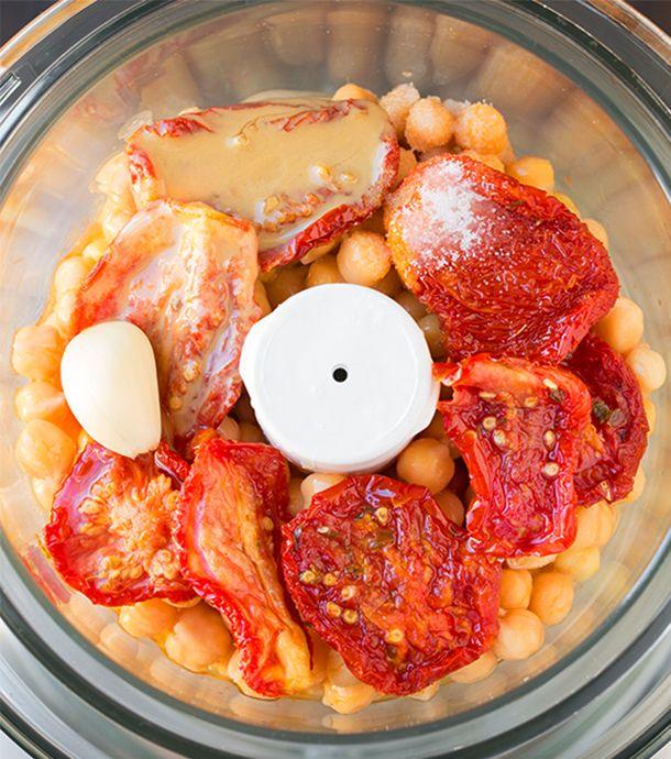 Homus de tomate seco e manjericão 4