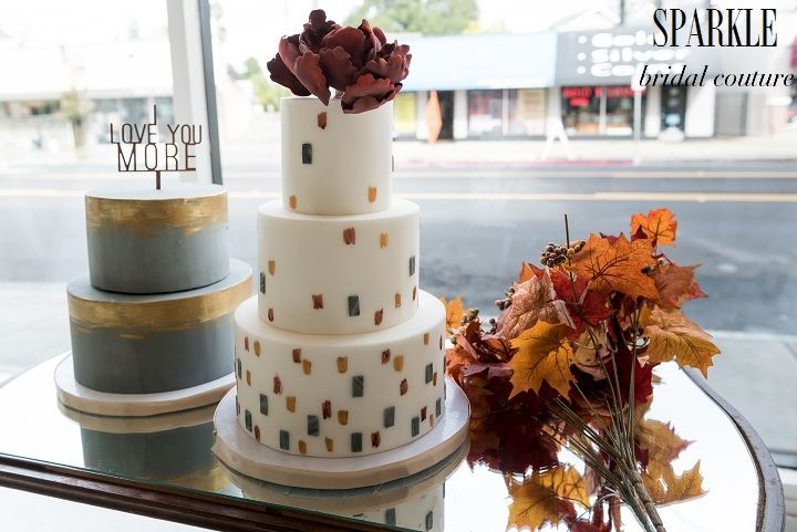 @paperheartp created fabulous cakes for this display! This is a great example of how to beautifully incorporate your color and theme into your cake.  http://www.gigimallattevents.com/ @gigimallatt #gigimallattevents http://www.leilanipaular.com/ @lalalena #leilanipaularphotography http://www.popeventrentalsanddesigns.com/ @poprentals #poprentalsanddesign http://www.paperheartpatisserie.com/  #paperheartpatisserie