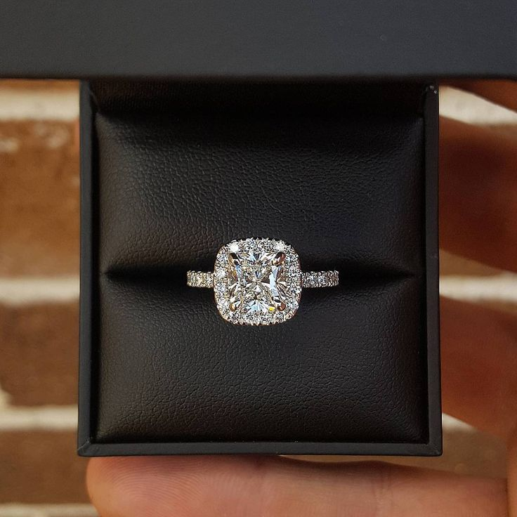 "4,915 Likes, 99 Comments - Michael Arthur Diamonds (@michaelarthurdiamonds) on Instagram: """"Big girls need big diamonds"". - Elizabeth Taylor  #cushioncut #platinum #engagementring…"""