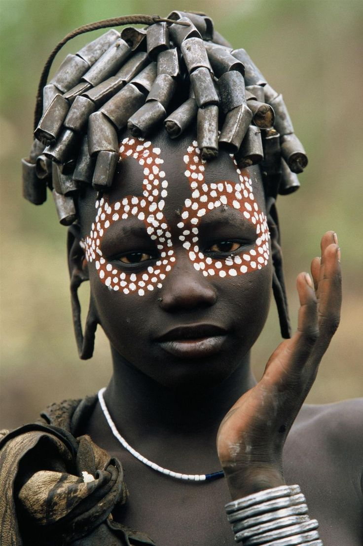 Africa | 'People of the Omo Valley' Ethiopia | ©Hans Silvester