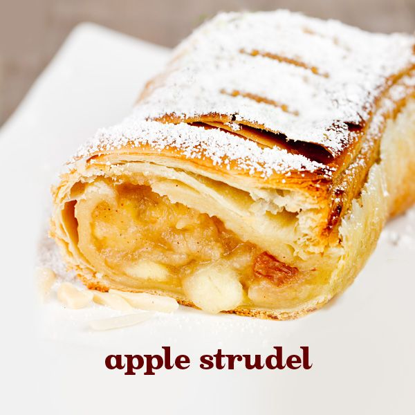 Good mornings start with great breakfasts. And nothing tops the sweet and buttery taste of a warm apple strudel. With black tea, apple, almonds and coconuts, this rich black tea is every bit as satisfying.