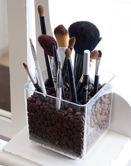 Brush storage idea...coffee beans! Much better than bath salts as the humidity from the bathroom causes it to stick to all my brushes!