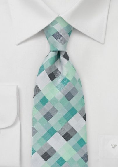Insanely cheap for one hell of a stylish tie. $15, via @Bows-N-Ties .com.