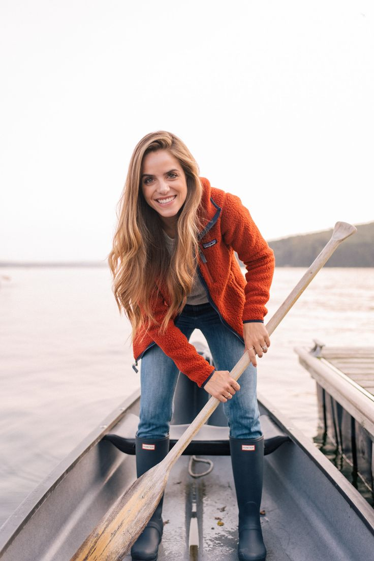 Gal Meets Glam Sunrise & Sunset on Lake Miassawippi -Patagonia jacket & Monrow tee c/o Back Country, Sezane jeans & Hunter boots