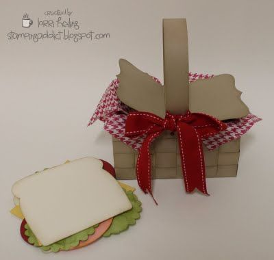 paper picnic basket and sandwich card