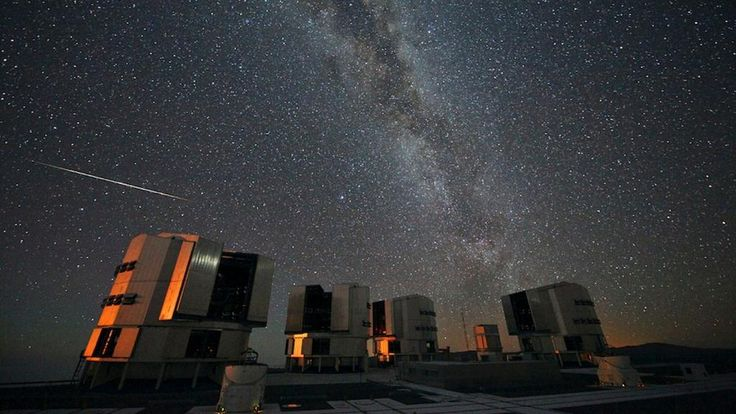 Sunday Night Will Be An Extraordinary Time For Skygazing http://on.io9.com/uAkOwkk  pic.twitter.com/NOtyoLagp4