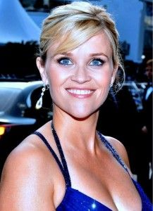 Reese Witherspoon she is #Richest #Hollywood #actresses.This American beauty isn't just an actress, but a producer too.  she's given to us are inclusive of Sweet Home Alabama, Legally Blonde, and Twilight.