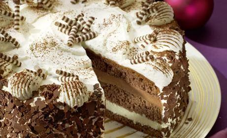 Nuss-Sahne-Torte Rezept | Dr.Oetker