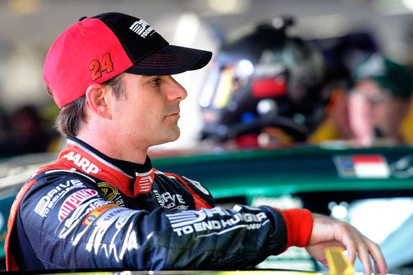 Jeff Gordon House | ... photo jeff gordon jeff gordon driver of the 24 drive to end hunger