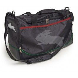 South Sydney Rabbitohs NRL Team Logo Sports Training Bag - Official NRL endorsed licensed product - Support your team and present the logo wherever you go, unique colour pattern for each team -  Large sports carry bag, with plenty of space, in NRL team colours   The bag features on: •Team logo •4 rubber feet on base, detachable shoulder strap and double reinforced stitching. •Large front zip pocket •Zip pockets on each side of the bag •Side net pocket for drink bottles •Carry handles…
