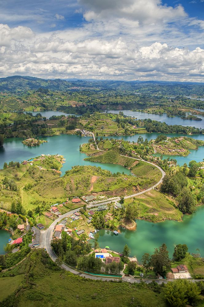 Green emerald - El Penol - Guatape - Columbia Wow beautiful !!