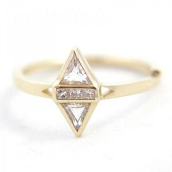 Engagement rings for alternative girls