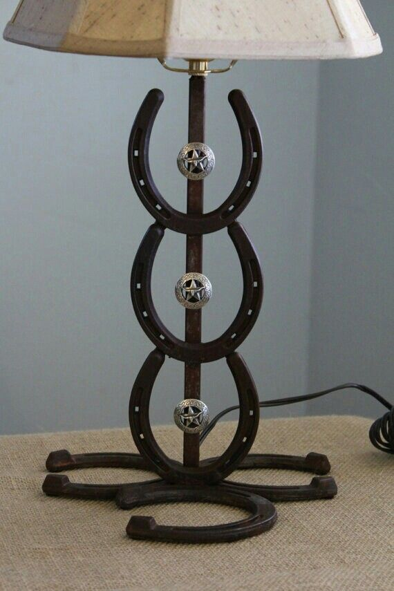 Pin by bonnie leigh on home pinterest horse shoes for Horseshoe project ideas