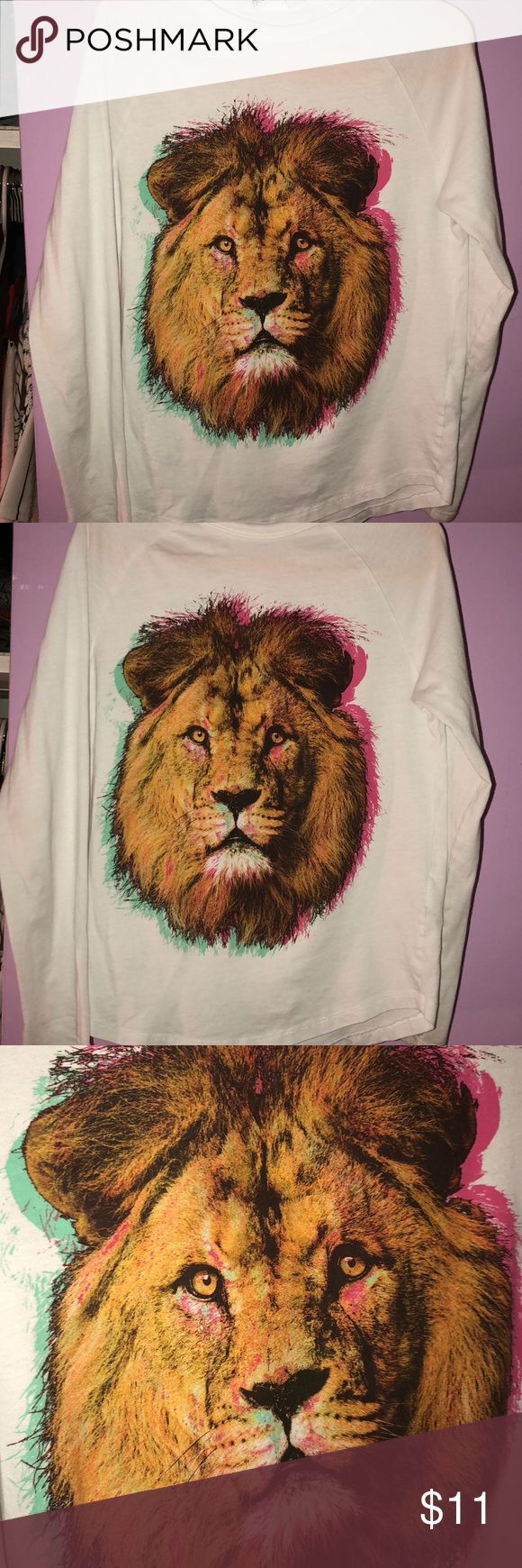 """""""King Lion"""" shirt Long sleeve lion shirt  Bright bold colors Gently worn Still in good condition H&M Shirts & Tops Tees - Long Sleeve"""
