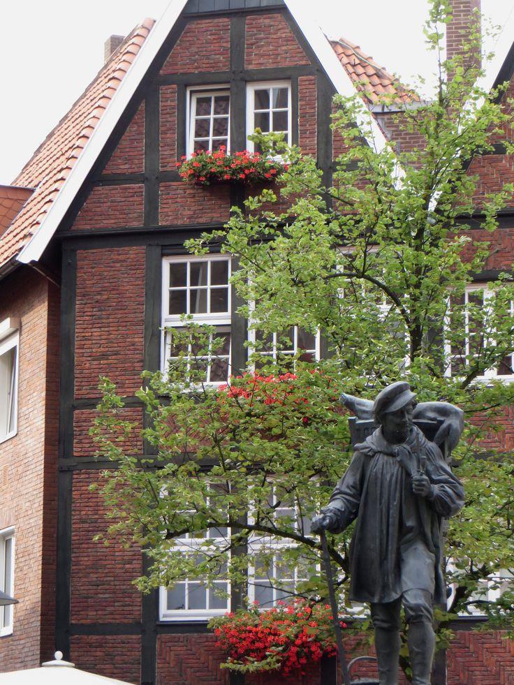 "Le ""Kiepenkerl"" (XIXe), August Schmiemann, , Münster, Rhénanie-du-Nord-Westphalie, Allemagne.."