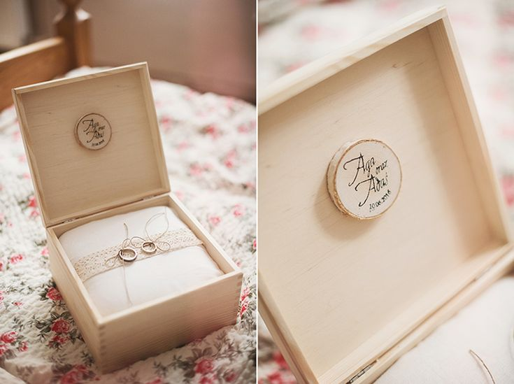 Wooden box (http://decoris.pl/), wedding rings (http://www.emifashion.pl/) and inner decorations by GRUNT STUDIO