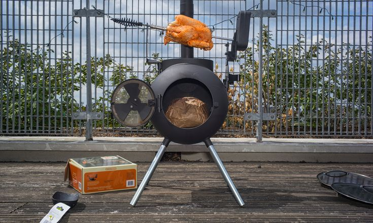 Kitchen gadgets review: the Ozpig – the vaguely druidic way to heat your patio and cook a chicken