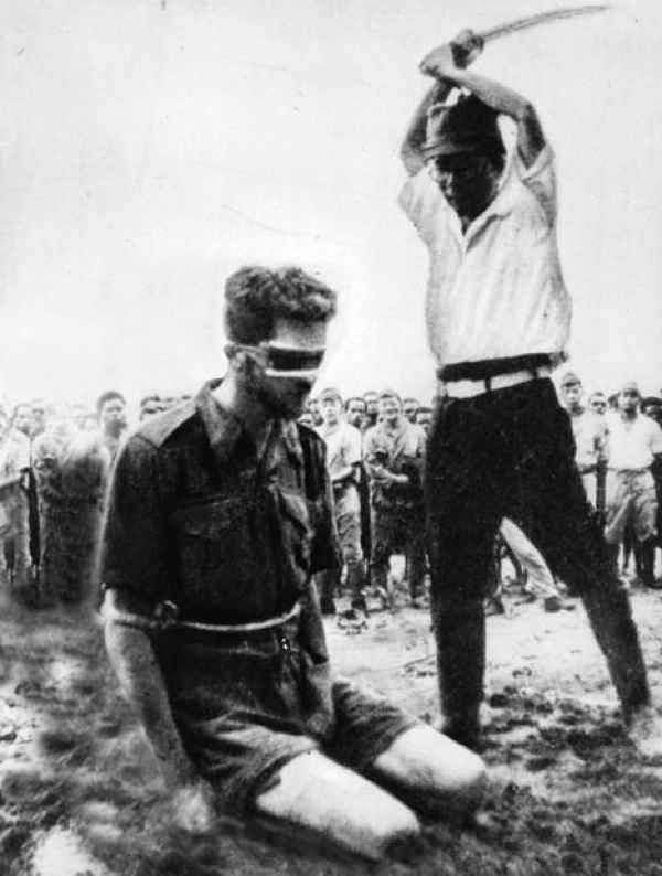 Australian Special Forces Sergeant Leonard Siffleet, being executed by the Japanese on Oct. 24, 1943, on Aitape Beach, New Guinea