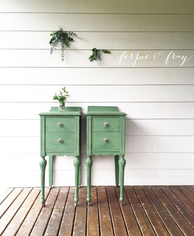 Green nightstands painted by Ferpie and Fray