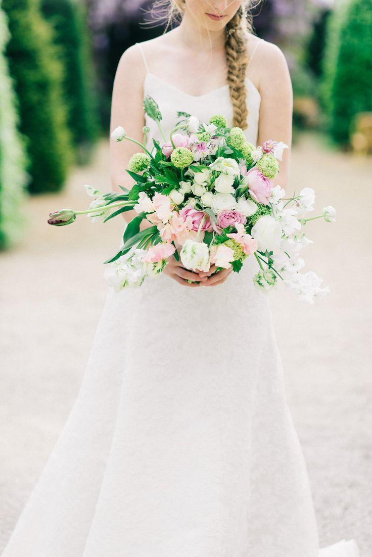 Bouquet - Image by Zwart Fotografie | Flowers and Styling by Bloemen Meisjes