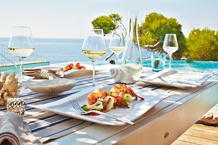 Středozemní kuchyně  Mělký a podkladový talíř