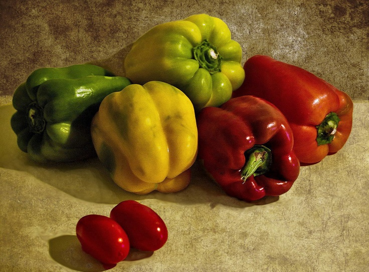 Peppers and tomatoes by Lorenzo Gizzi, via 500px
