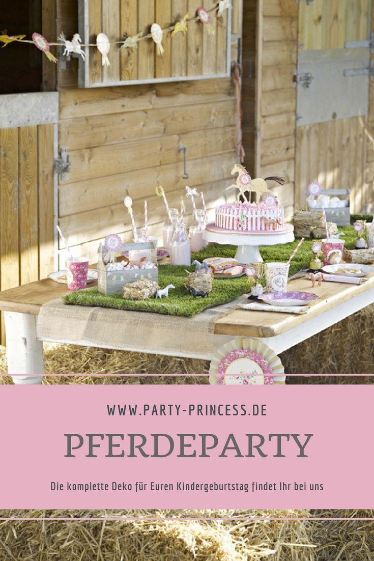 Welches Mädchen mag nicht gerne einmal eine Pferde Geburtstag feiern. Bei uns findet Ihr die komplette Dekoration für Eure Party. Auf unserem Blog haben wir auch tolle Ideen für Eure Feier für Euch.
