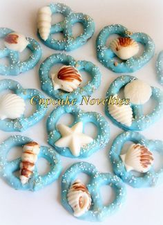 Buy online on Etsy! Elegant & delicious Seashell & Sand Dollar topped Chocolate dipped Pretzels! Great for a Beach Wedding, an Under the Sea or Mermaid themed birthday, baby shower, bridal shower party favors & dessert table treats!
