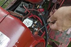 All starters on riding lawn mowers get their electricity from the on-board battery. The circuit begins at the ignition key, and just like starting a car, once the key is turned, it completes the circuit through a solenoid -- which acts like an electrical connector -- and sends power to the starter, causing it to spin the flywheel, which starts the...