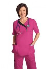 Daily Cheap Scrubs offers absolutely comfortable plus size scrubs online.