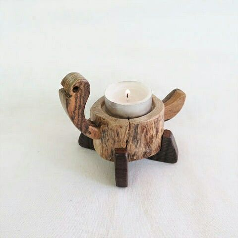 Handmade woodworking  turtle decoration candle holder - jabbugi 거북이 장식 '자뿌기'