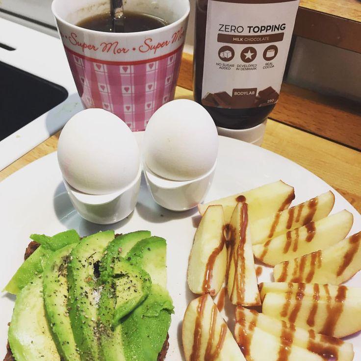 #morgenmad #frukost #avocado #æg #æble #bodylab #zerotopping #coffee #kaffe äpple avokado rågbröd macka kokt ägg rugbrød 💚