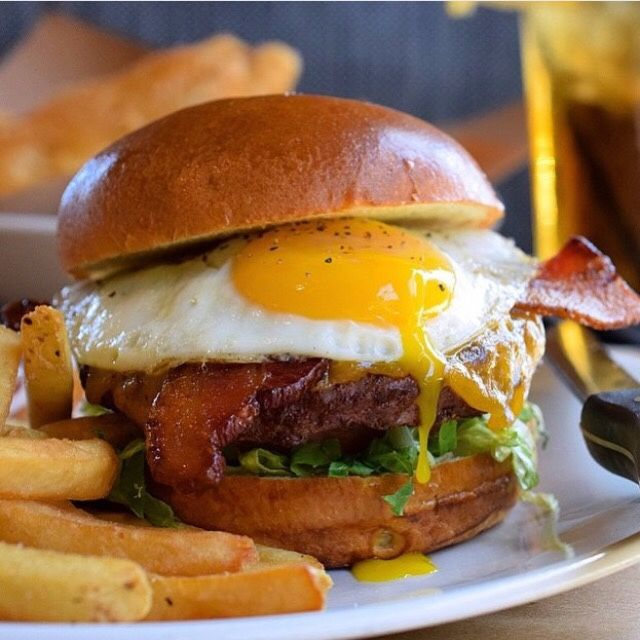 Burger Suppliers in Chennai..... A standout amongst the most imperative things about making tasty and crisp garlic bread is finding the ingredients.see more contact @ http://pizzahunt.in/burgers