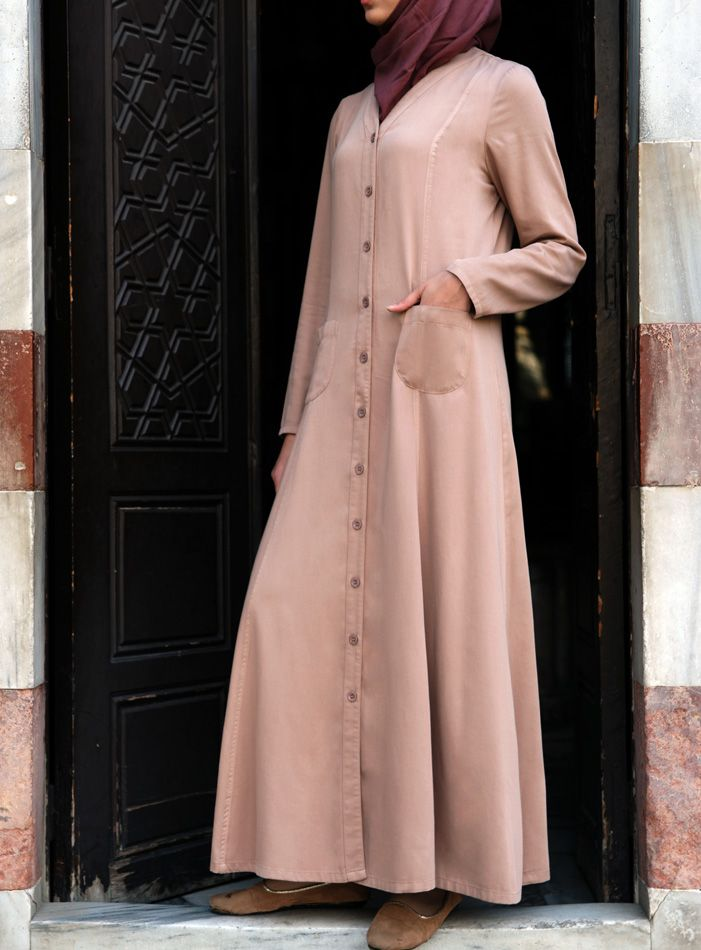 Love this Maxi Cardigan Shirtdress from SHUKR! So lightweight and perfect for spring.