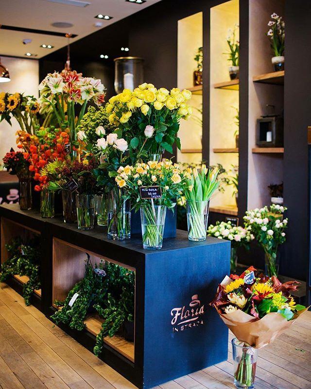 Ziua de luni incepe mai bine cu o portie dubla de cafea si for Flower shop design layouts