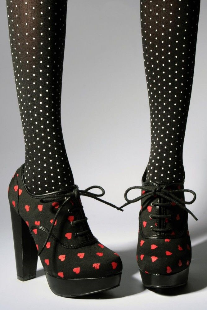 Oh these booties are so cute! But somehow I feel I'm too old to wear them. :(