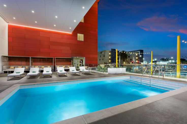 The pool at the Courtyard Marriott Santa Monica designed by HBA Studio.