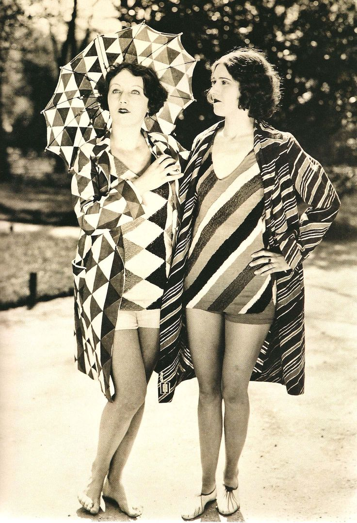sonia delaunay beachwear, 1927, photography, patterns, swimming pool, triangles, retro, vintage